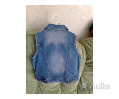 Безрукавка джинсовая