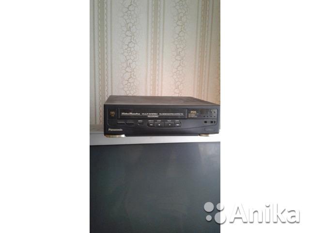 Видеомагнитофон Panasonic NV-P05REEN + 51 кассет - 1/2