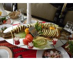 Доставка еды из кафе для праздника дома