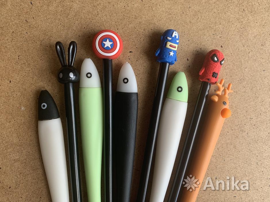 Красивые чёрные гелевые ручки - 1