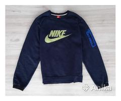 Свитшот Nike AW77