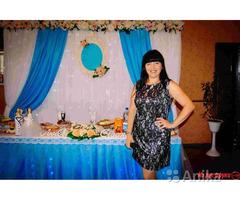 Тамада-ведущая на свадьбу, юбилей, крестинины