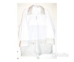 Куртка светлая с капюшоном, новая,р.52-54