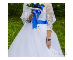 Свадебное платье очень красивое