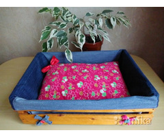 Кроватка с подушечкой для котика