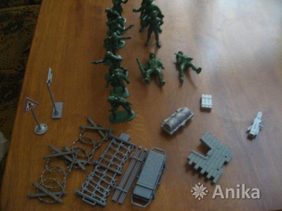 Солдатики пластмассовые - 3