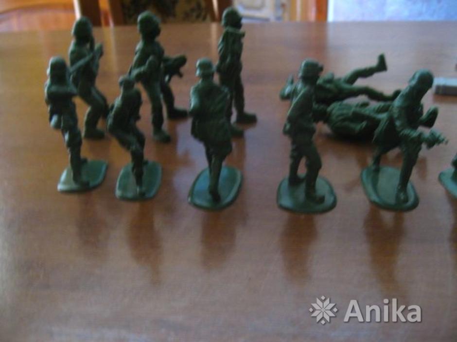 Солдатики пластмассовые - 4