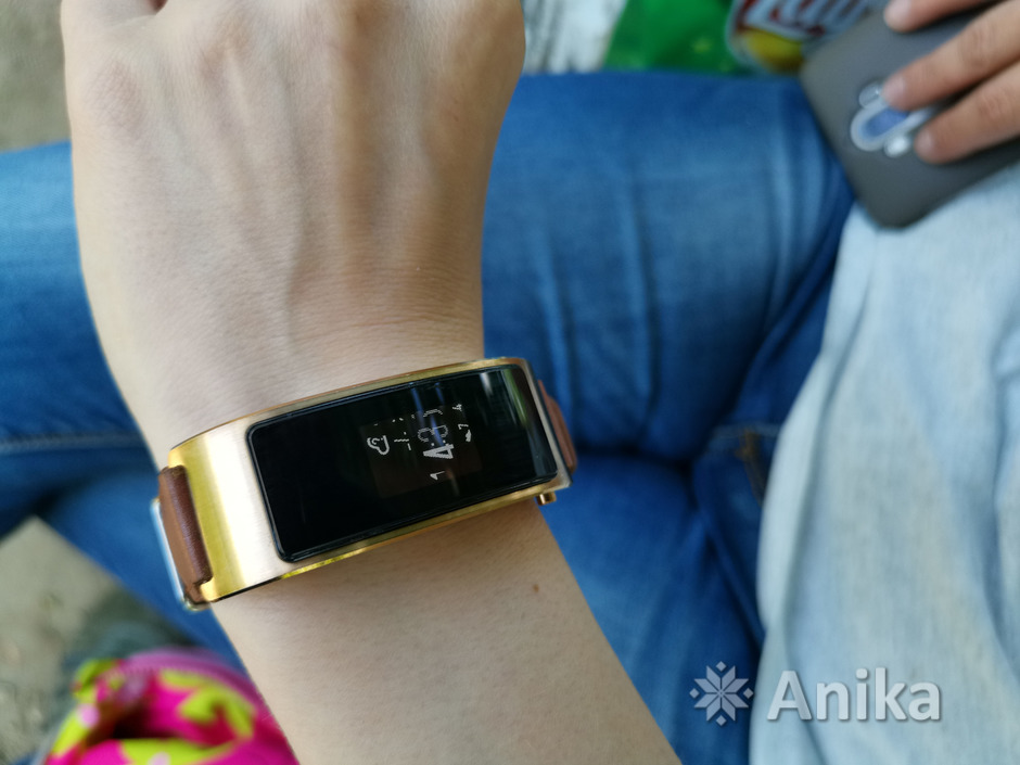 Фитнес-браслет Huawei TalkBand B3 - 1