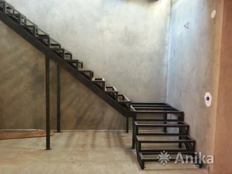 Металлическая лестница - 3