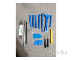 Набор инструментов для ремонта мобильного